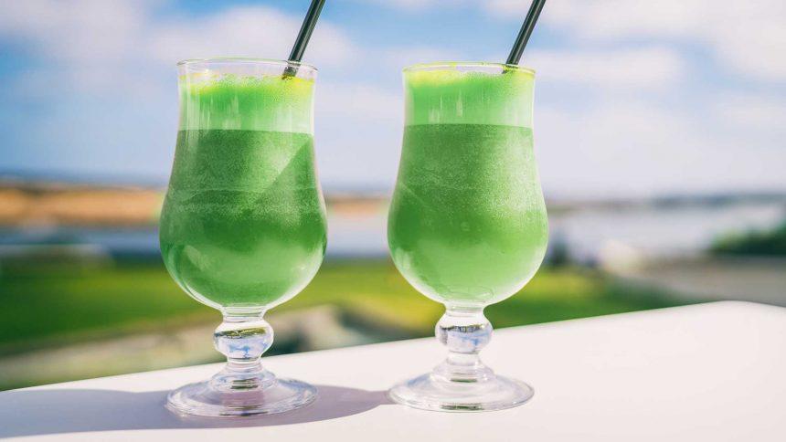 Lemon Lime and Spirulina Smoothie