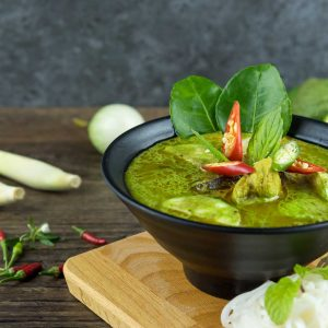 Thai Green Curry with Chicken and Spirulina Recipe